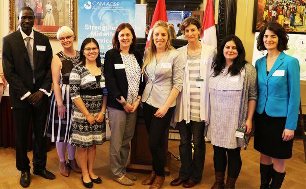 Rencontrer des femmes canadiennes